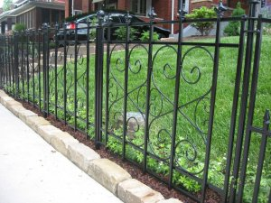 Black fence, moms grass